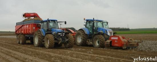 New Holland TM + T7
